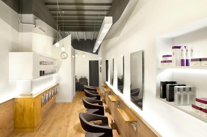 thiết kế nội thất cửa tiệm làm tóc